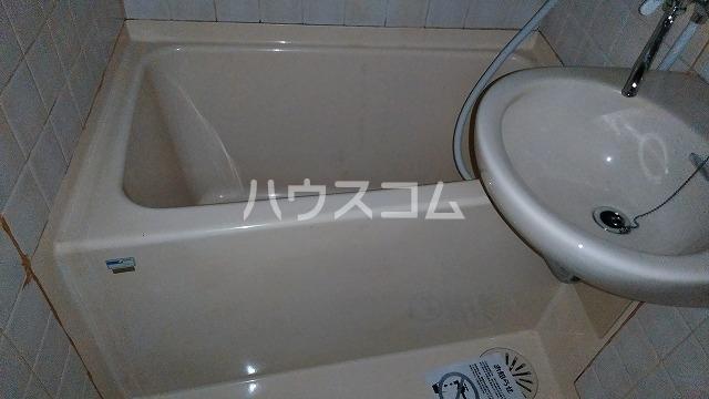 下坂ハイツ 1C号室の風呂