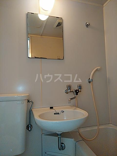 セジュール経堂1 101号室の洗面所