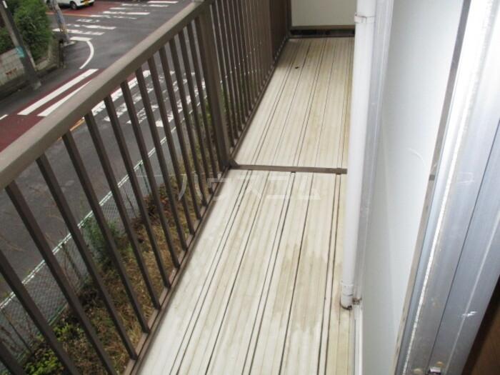 神取ハイツ 202号室の駐車場