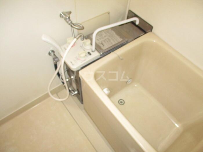 神取ハイツ 202号室の風呂