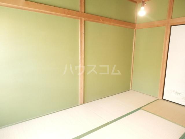 コーポ佐久間 207号室のベッドルーム