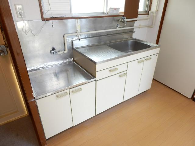 湯浅マンション 402号室のキッチン