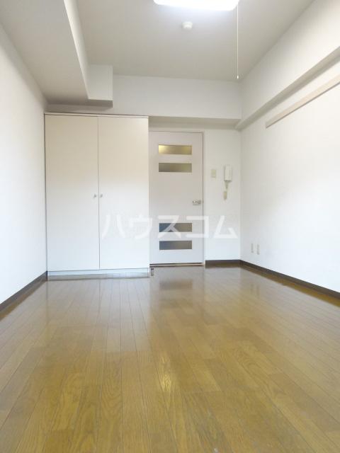 リヴェールビッグパイン 701号室の居室