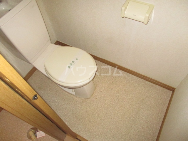 マ・メゾン 101号室のトイレ