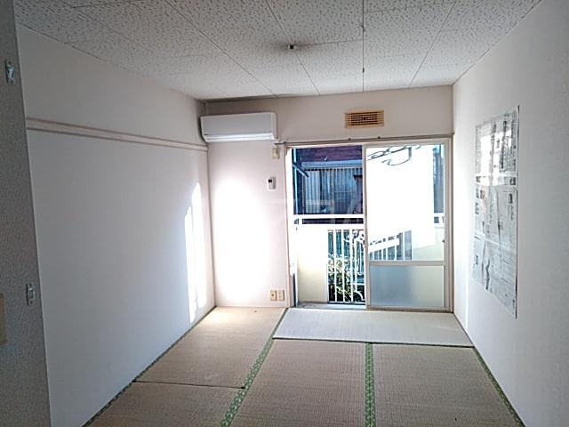 ユースハイム 102号室のリビング