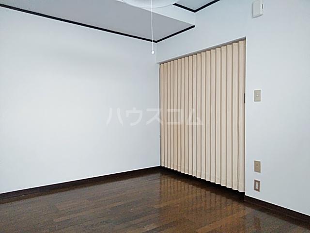 グリーンテラス 101号室のベッドルーム