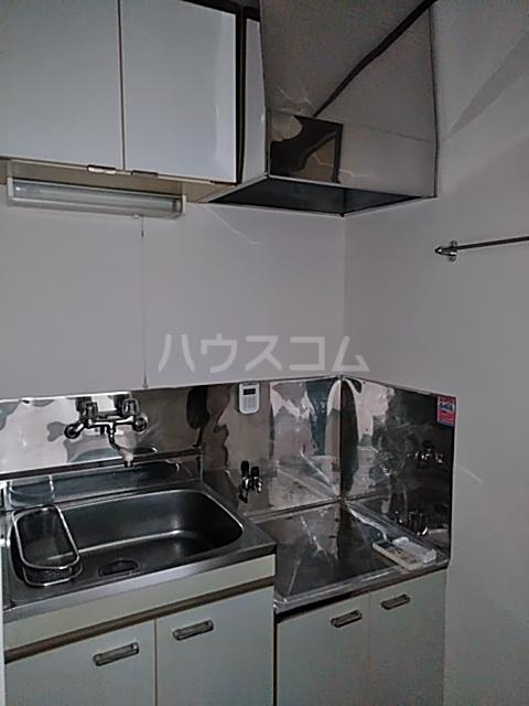 グリーンテラス 101号室のキッチン