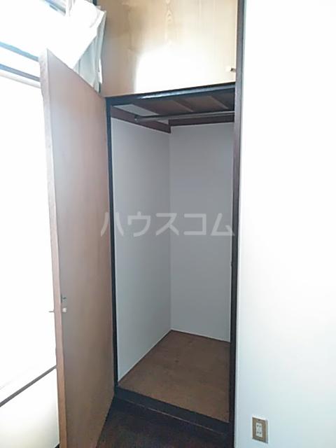 グリーンテラス 101号室の収納