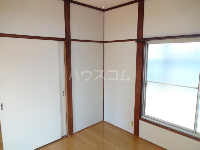 松籟荘 C号室のリビング