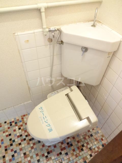 松籟荘 C号室のトイレ