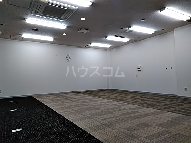 ドムス神山 B1号室の居室