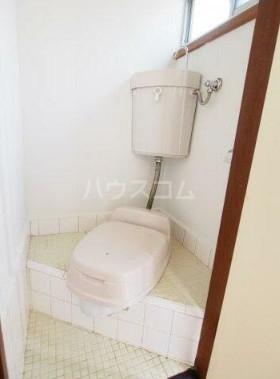 四之宮荘2 206号室のトイレ