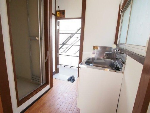 四之宮荘2 206号室の玄関