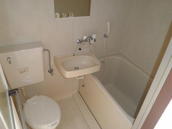 メゾンクレール 106号室の風呂