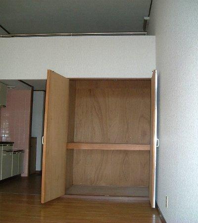 メゾンクレール 106号室の収納