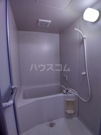 Surplus大樹寺 B 201号室の風呂