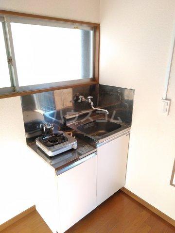 浅見荘 7号室のキッチン