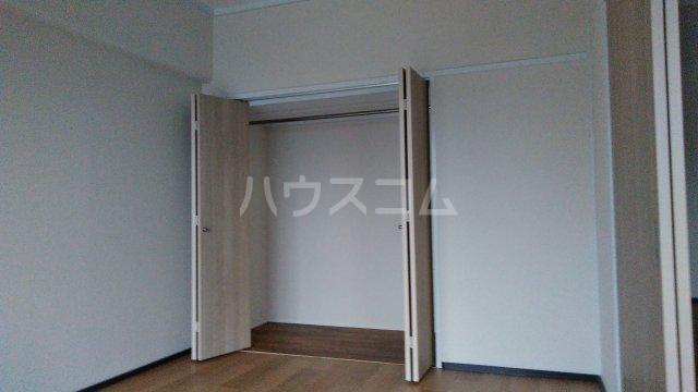 神谷ハイツ 2B号室のベッドルーム