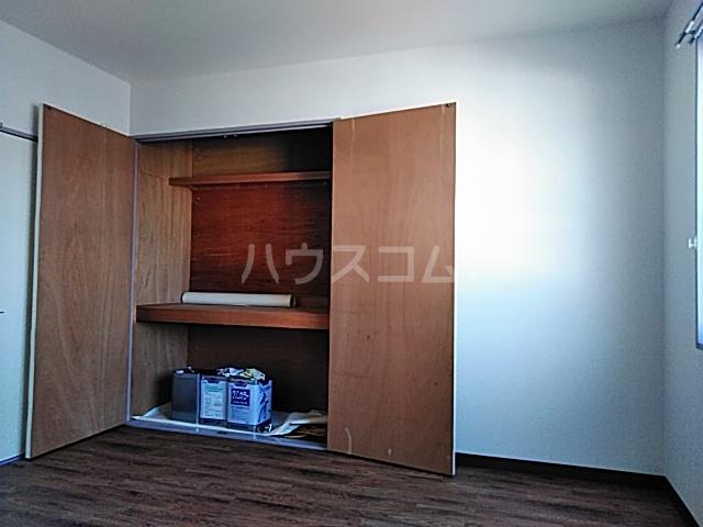 ヴィラウエノ 401号室の収納