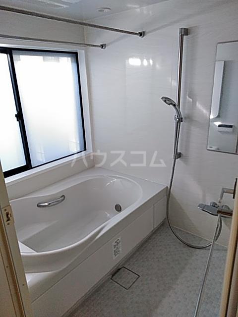 サンモール上用賀 401号室の風呂