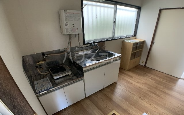 津田沼ハイツ 103号室のキッチン