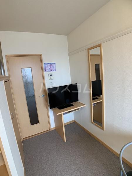 レオパレスバローネⅡ 407号室の居室