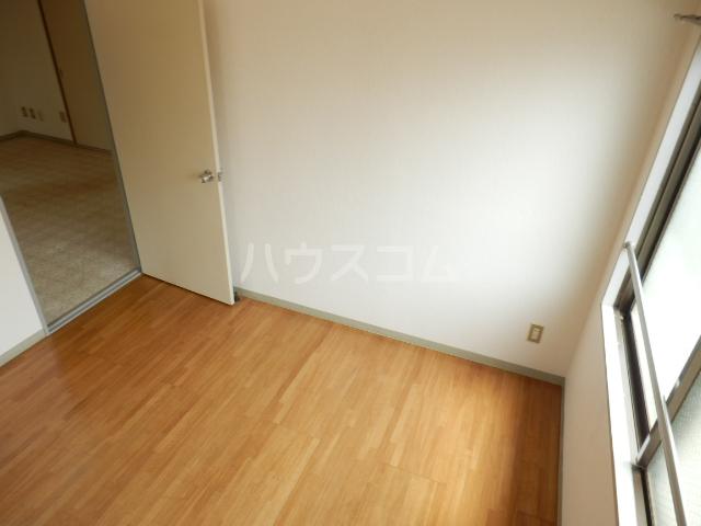 パールハイツ吉野A棟 202号室の玄関