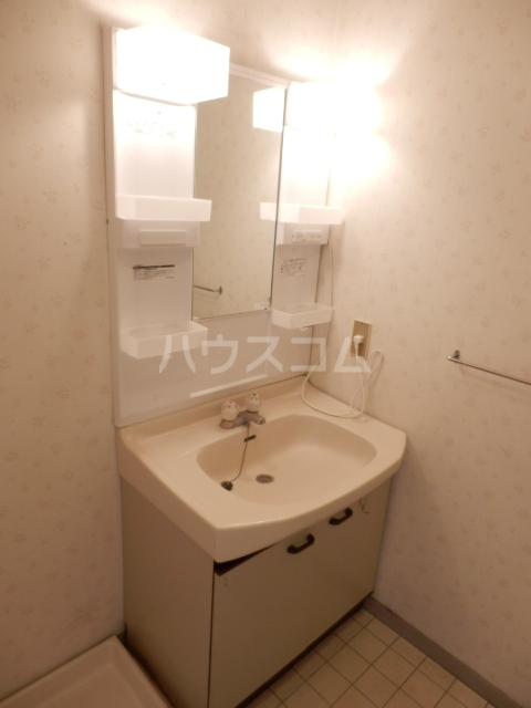 パールハイツ吉野A棟 202号室の洗面所