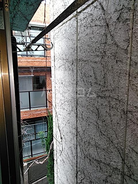 メゾン三軒茶屋 201号室の景色