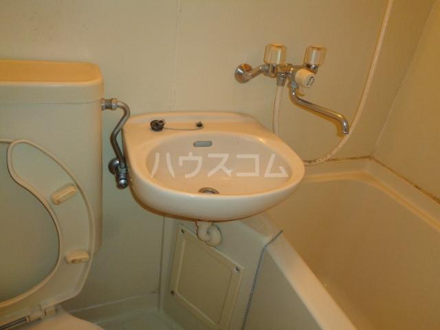 ハウスピアヤマモト 106号室の風呂
