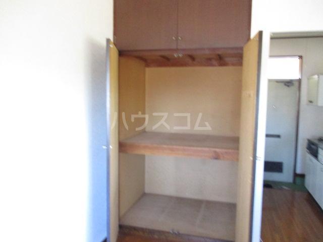 ユタカハイツ 201号室の収納