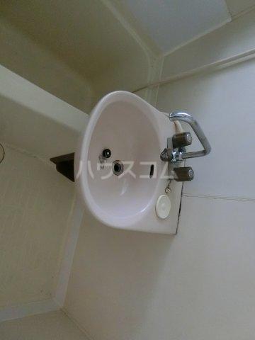 ファミリーコーポ枝 207号室の洗面所