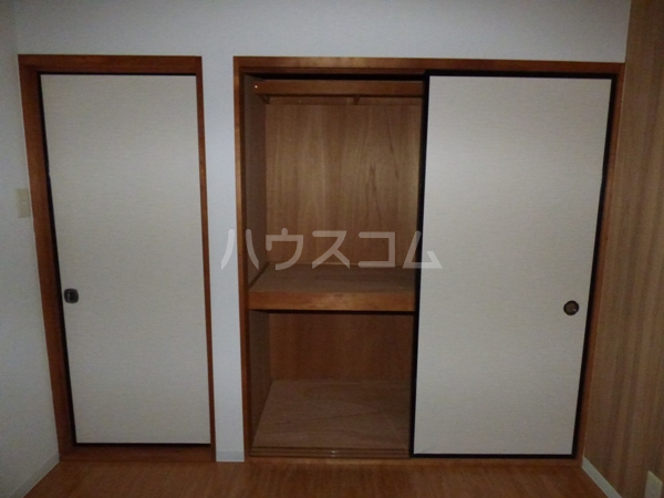 コーポラスノベルティD 102号室のベッドルーム