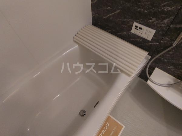 プレミアム井田 205号室の風呂