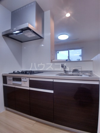 プレミアム井田 205号室のキッチン