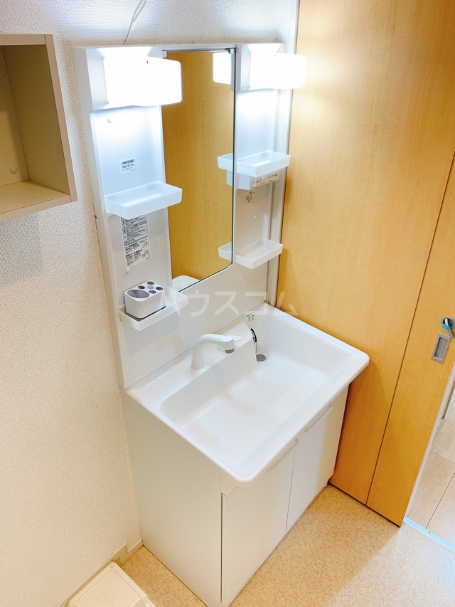 レガーシア 01010号室の洗面所