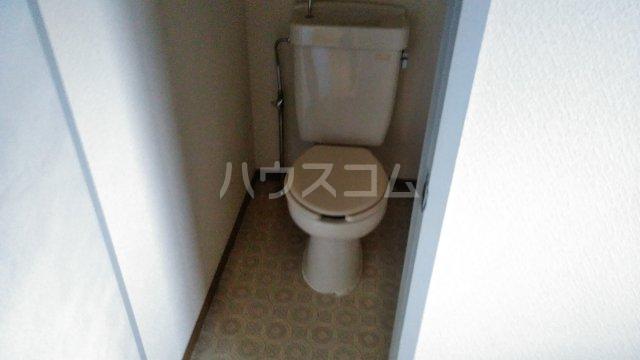 ヴィラ桔梗 107号室のトイレ