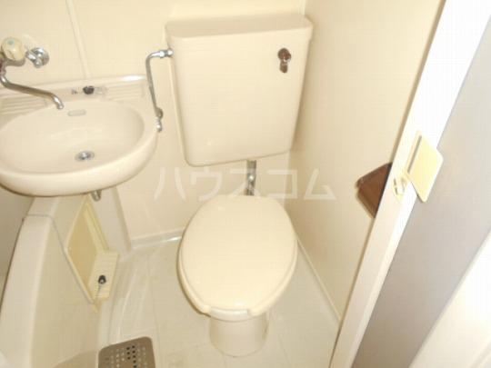 レオパレス三軒茶屋 103号室のトイレ