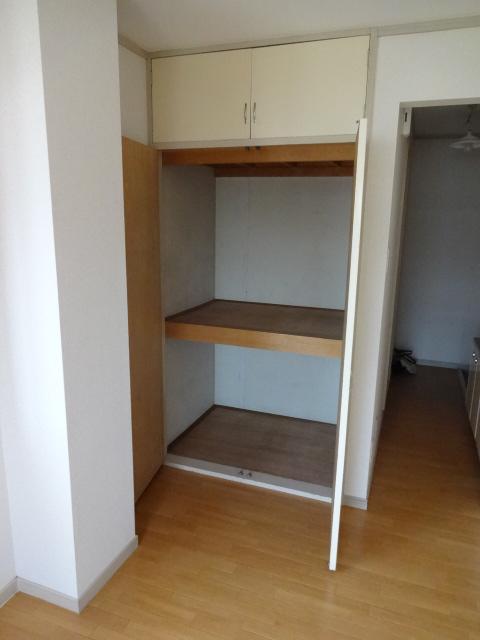 セシリヤハイム 204号室の収納