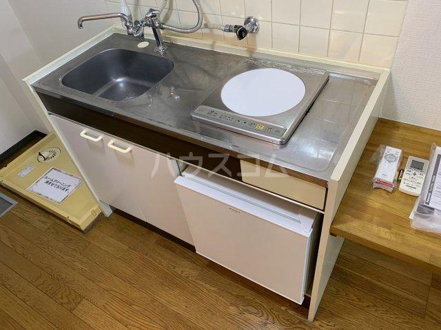 サンアベニュー谷津 202号室のキッチン