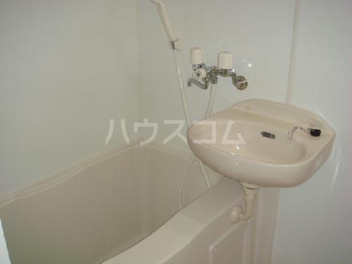 レオパレス筑紫 201号室の洗面所