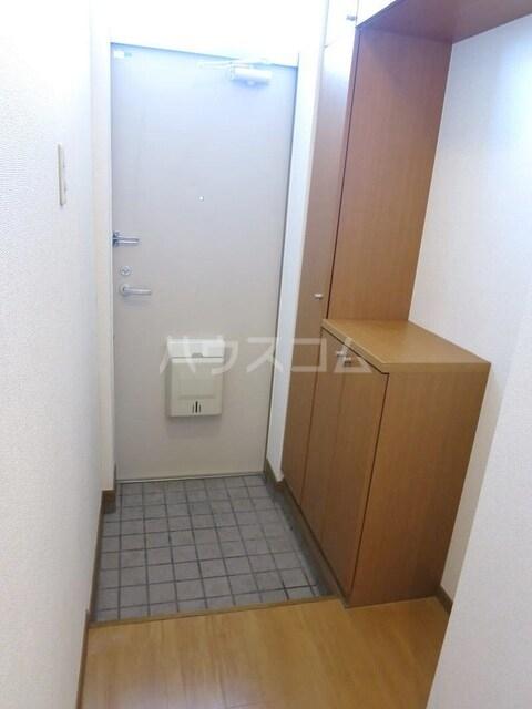 アメニティハイツA 01030号室の玄関