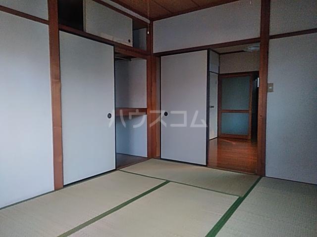 プチメゾン 101号室の居室