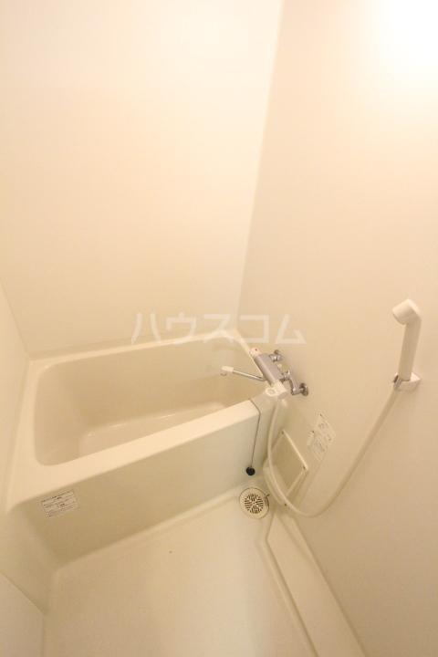 エミネンス 106号室の風呂
