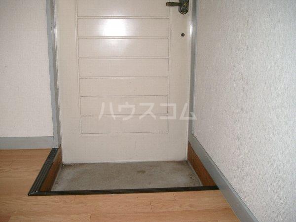 山平アパート 201号室の玄関