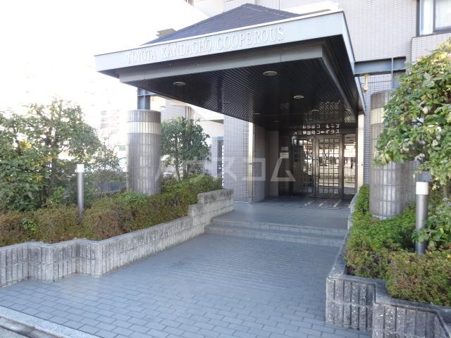 豊田神田町コーポラス 302号室のエントランス
