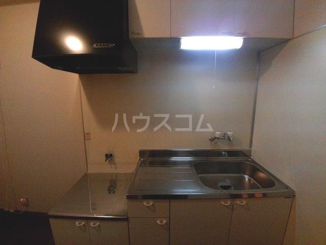 アビテナポールⅡ 206号室のキッチン