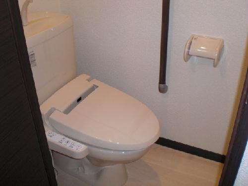 レオネクスト吉良吉田 105号室のトイレ