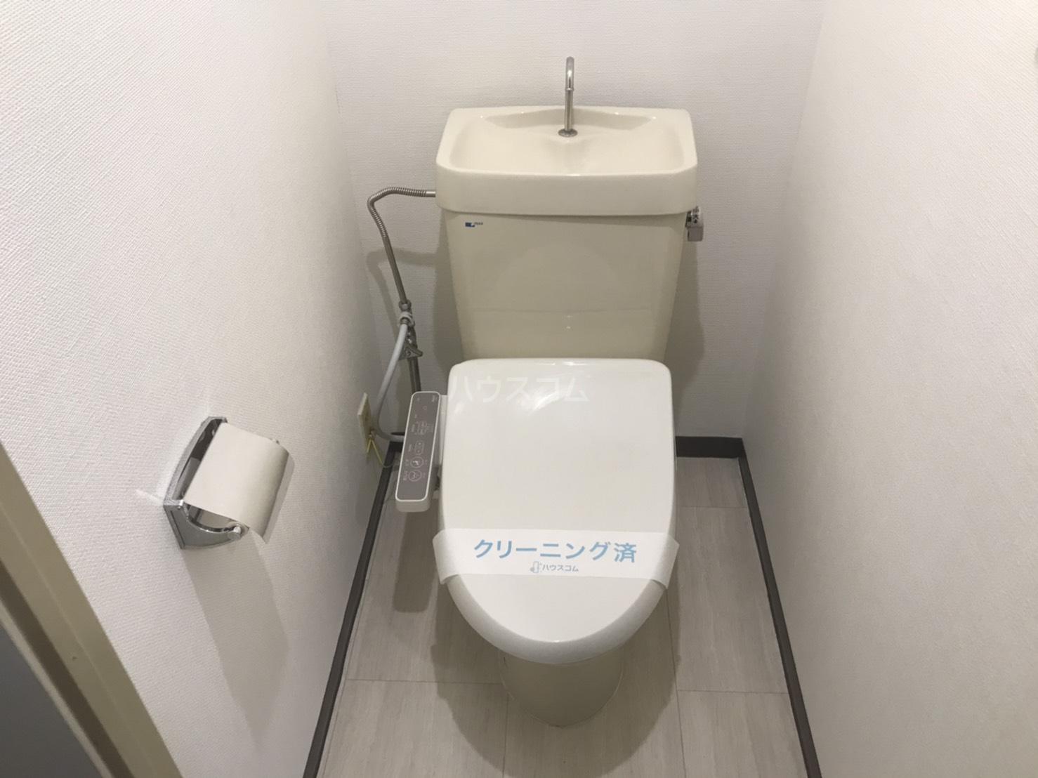 シャンボール鈴木 104号室のトイレ