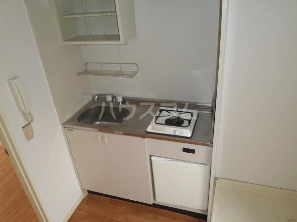 エクセレンス緑丘 112号室のキッチン